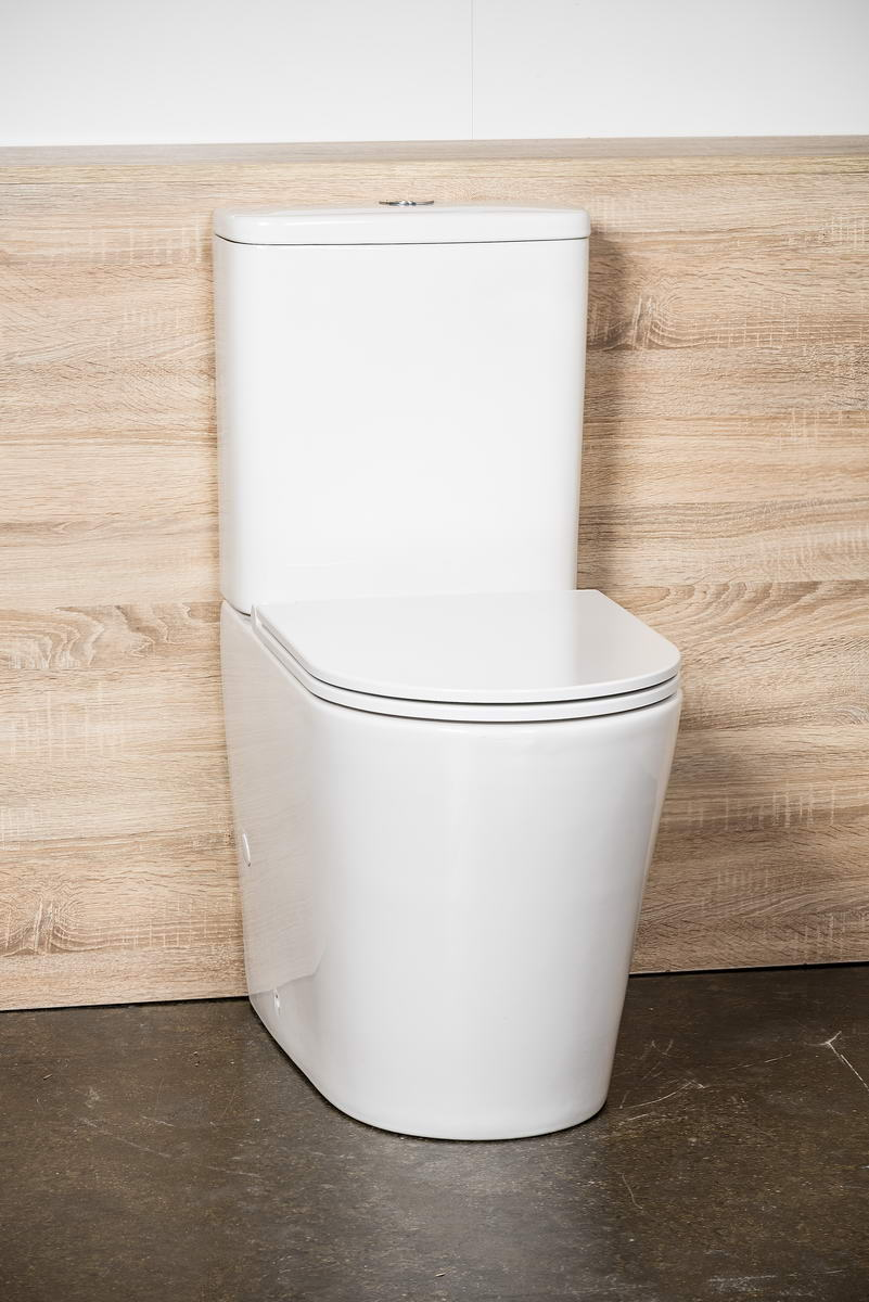 LUX RIMLESS TOILET SUITE WITH GEBERIT INTERNALS AND SOFT CLOSING SEAT